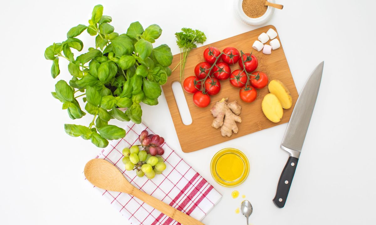 http://media3.bsh-group.com/Images/1200x/MCIM02448619_MCIM02270354_Kitchen_Hacks_00_Stage.jpg