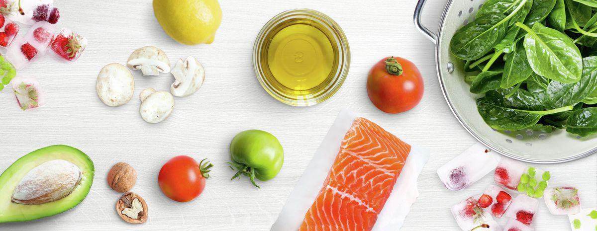 https://media3.bsh-group.com/Images/1200x/MCIM02423043_00_Nutrition_myths_stage_3200x1240.jpg