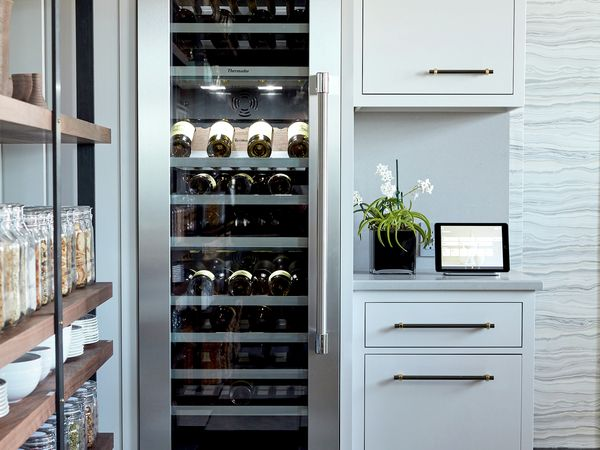 Wine Refrigerators Built In Wine Cooler Thermador