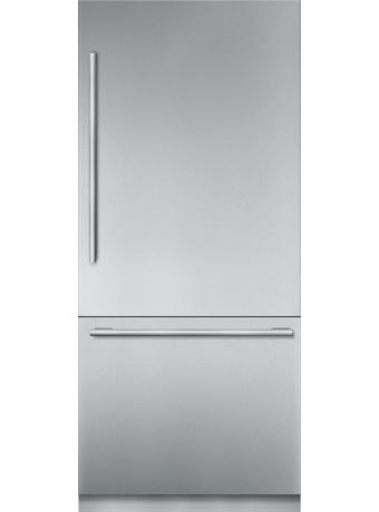 Réfrigérateur de 36 po à deux portes en acier inoxydable, préassemblé et encastrable, avec congélateur inférieur et poignée MasterpieceMD T36BB910SS