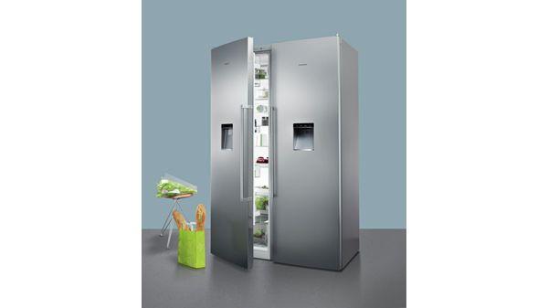 Side By Side Kühlschrank Flach : Kühl gefrierkombination side by side bestehend aus ks wpi