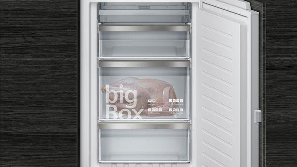 Kühlschrank Kombination : Nofrost einbau kühl gefrier kombination flachscharnier technik