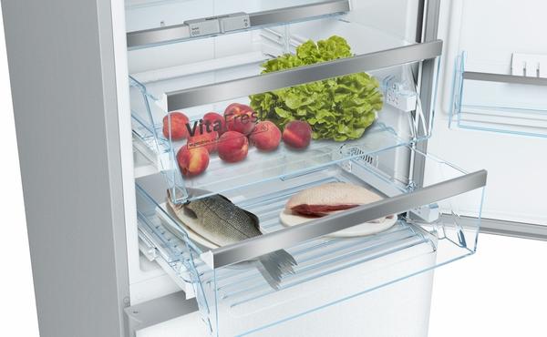 Bosch B10CB81NVW, Free-standing fridge-freezer with freezer at bottom, glass door